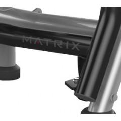Скамья для жима с положительным наклоном с доводчиком Matrix Magnum A679 (серебристый)